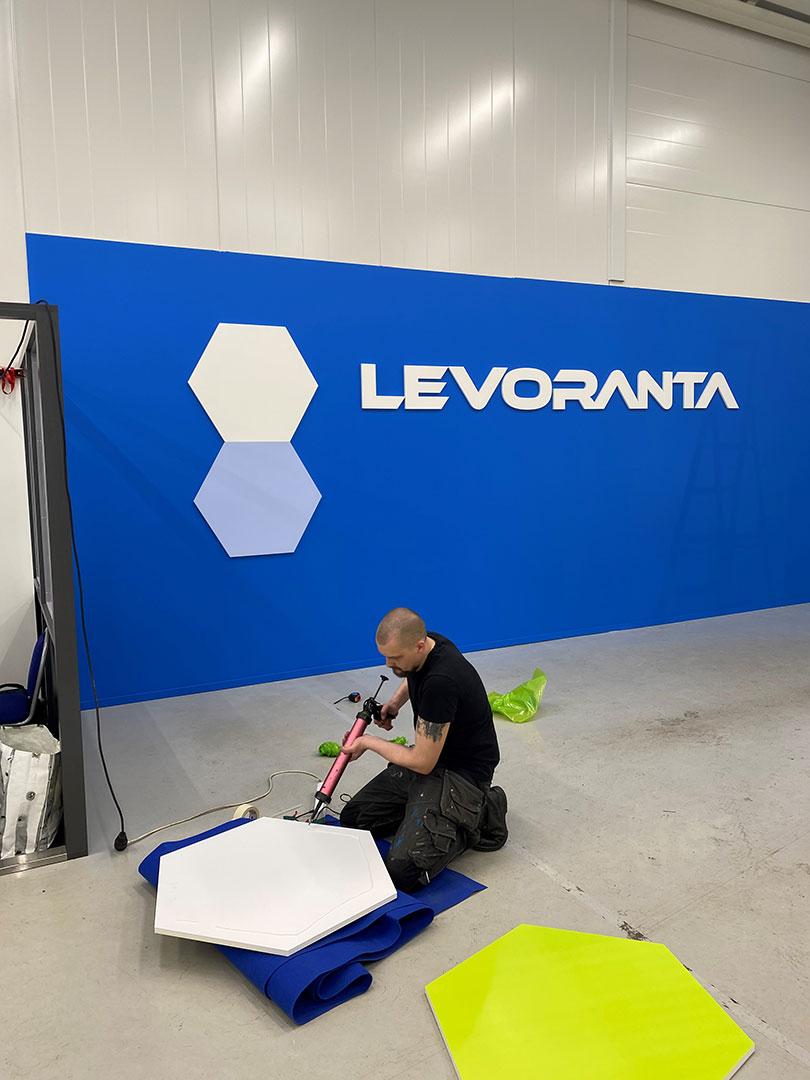 Levoranta-levorannan-autoliike-kuvaustausta-kuvausseina-wiscom-suurkuva-jips-suurkuvatulosteet-1b